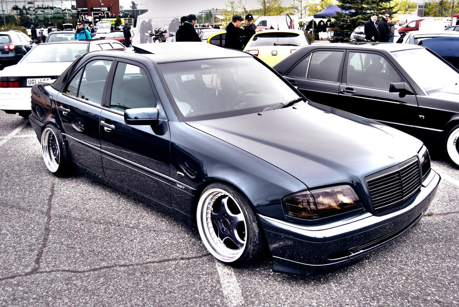 Benz Drift Car >> Mercedes Benz W202 by HeisQ on DeviantArt