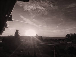 Sunrise in B and W by streettom