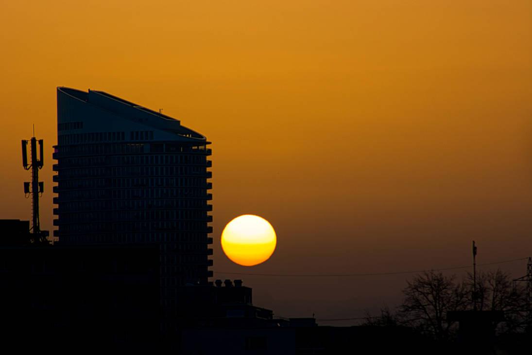 Saharadust Sunrise