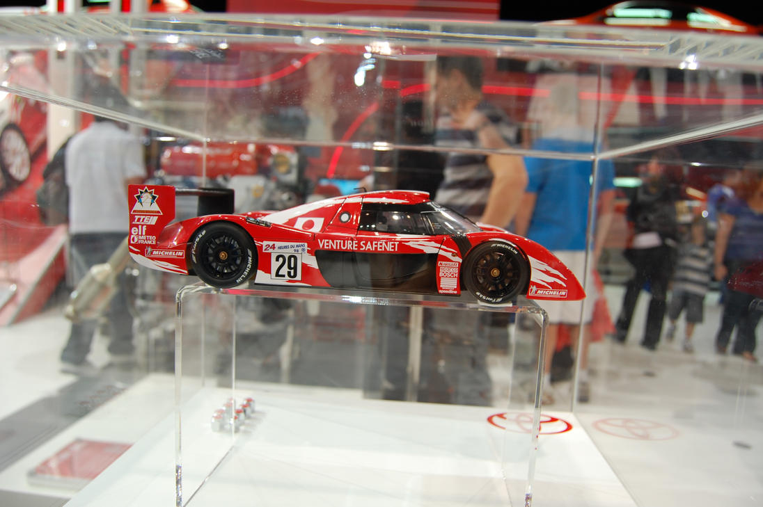 toyota gt one model side by