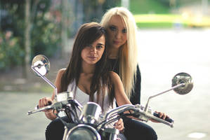 Motor Girls by AnitaSadowska