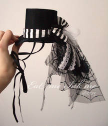 Mini steampunk tophat by zeloco