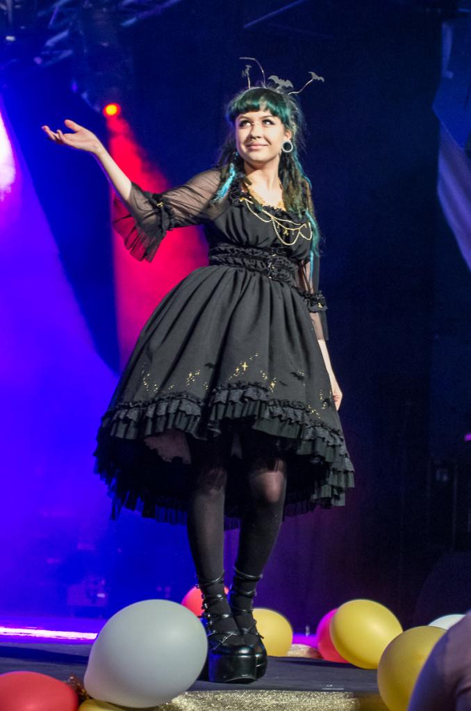 Midnight Rhapsody fashion show OP by zeloco