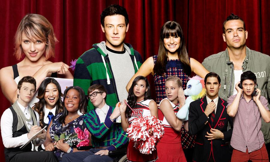 Glee Cast Season 3 Wallpaper By Wolfvesz On Deviantart