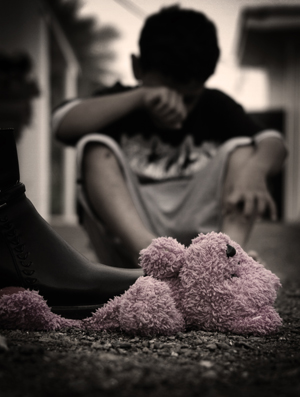 ������ ����� sad_childhood_by_creative_lens.jpg