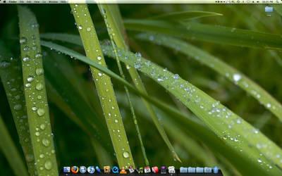 October Desktop by ngnr