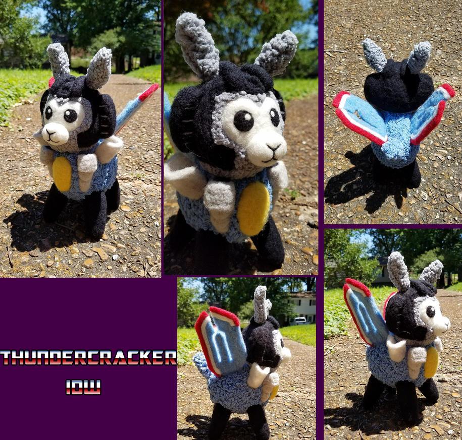 Alpacaformers - IDW Thundercracker by SnowFox102