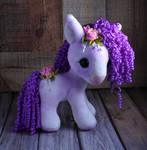 Munchkin Carousel Pony