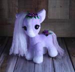 Munchkin Carousel Pony - Shy Violet
