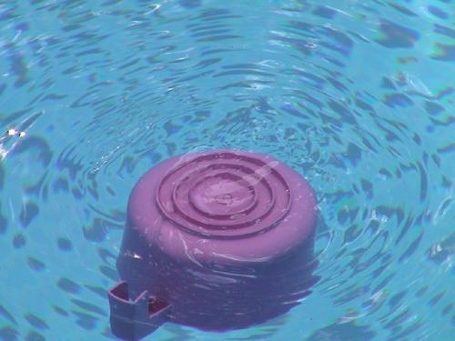 bucket swirl by emi-chan