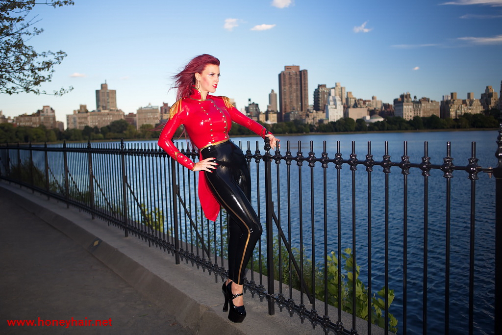 Central Park in Style by Honeyhair