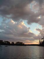 Cloudy sunset by MrE88k