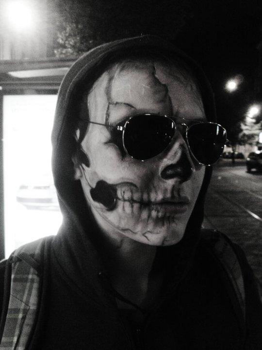 skull girl by made-me-a-monster