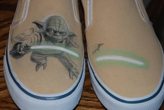 close up Yoda Shoes