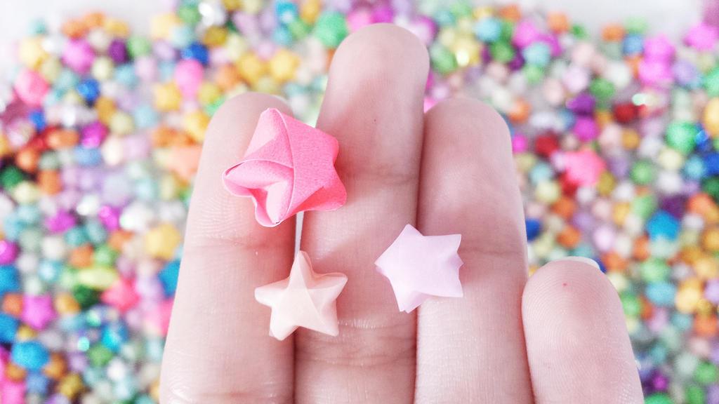 Origami stars by rennie-sama