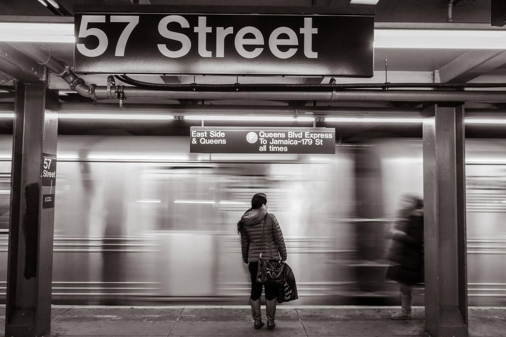 57th Street Subway station by athrawn