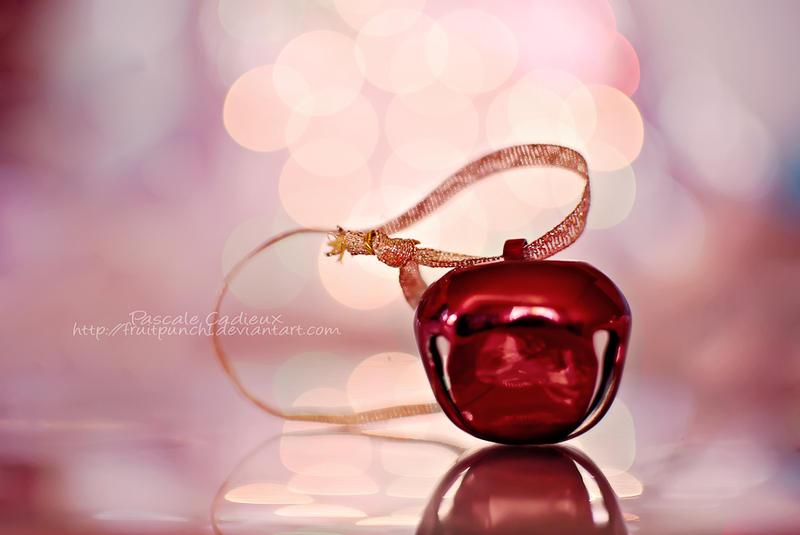 Joyeux Noel by fruitpunch1