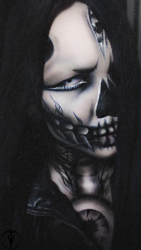 Ghoul by GLanzallamas