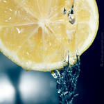 Water on lemon by xTive