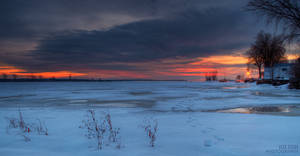 Sundown over St-Lawrence by alexrkv