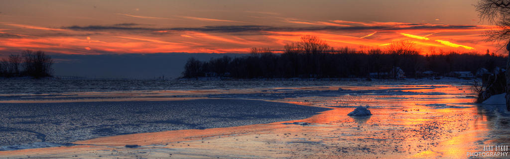 Sunset over the ice by alexrkv