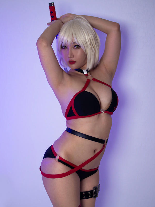 Swimsuit Jeanne Alter Cosplay from FateGO by RinnieRiot