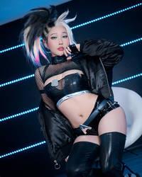 The BADDEST K/DA Akali cosplay by Rinnie Riot