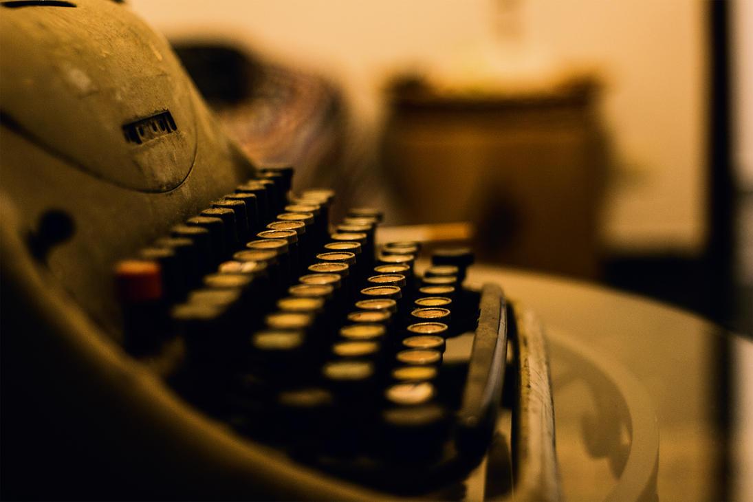 Typewriter by stefanogesh
