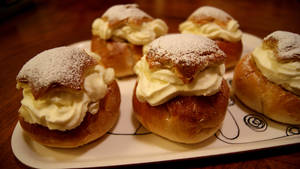 Cream Puffs by fastidious-cat