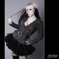 MiSs DeAdLy by Jeanne-Obscurite