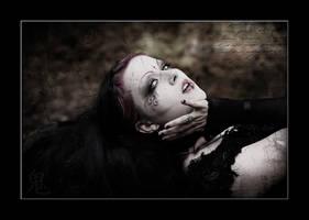 ... fallen angel ... by Jeanne-Obscurite