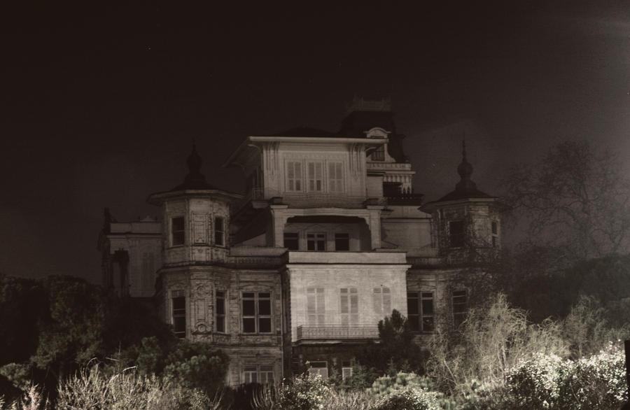 ghostly by muratalper