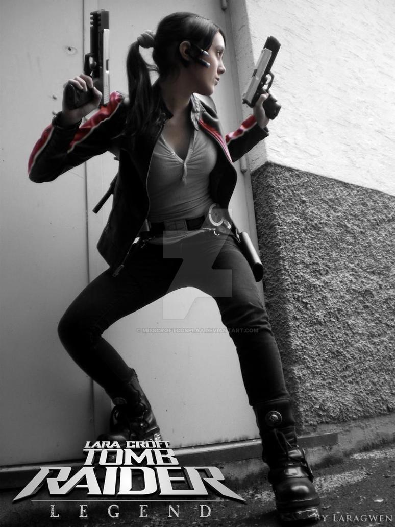 Cosplay Lara Croft - Tomb Raider Legend - Biker by MissCroftCosplay