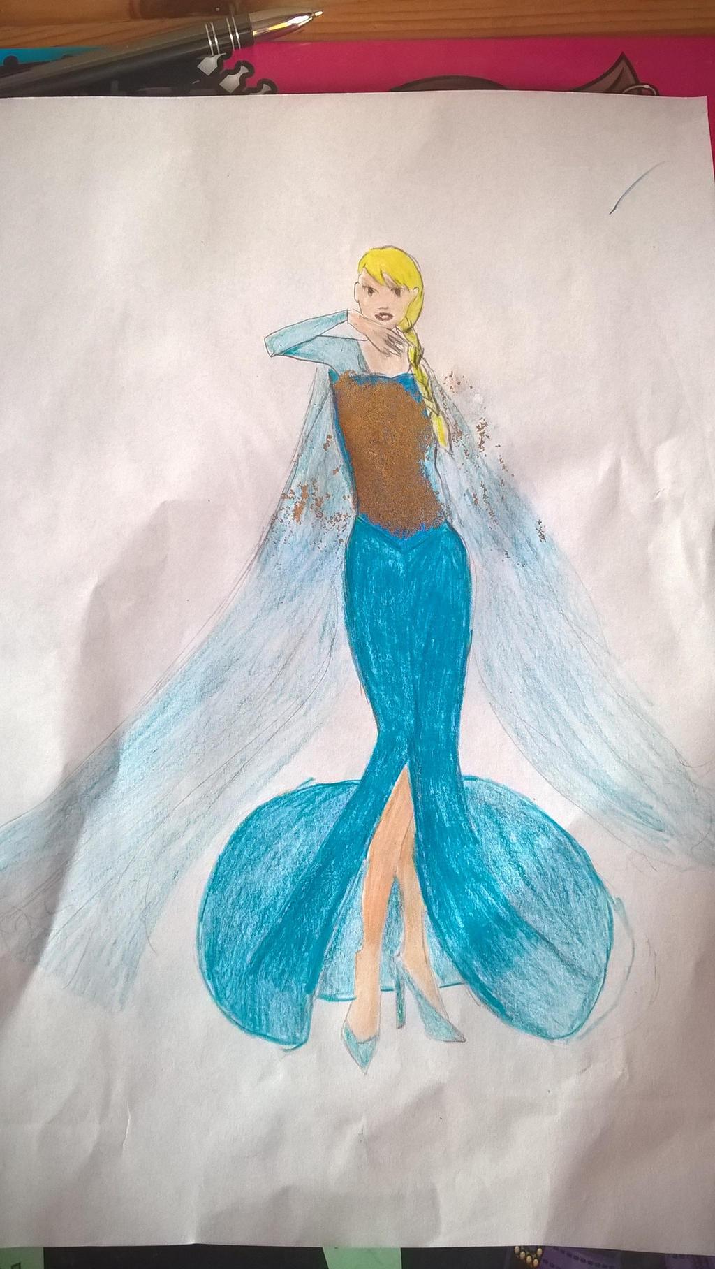 Elsa by Lunajula