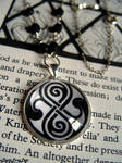 Doctor Who Rassilon necklace