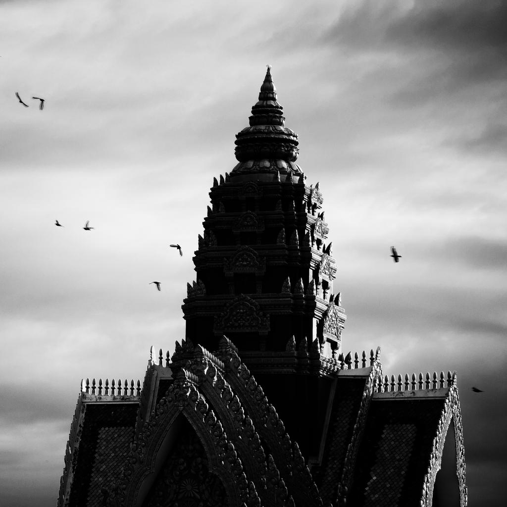 Unaloam Temple by Rawangtak
