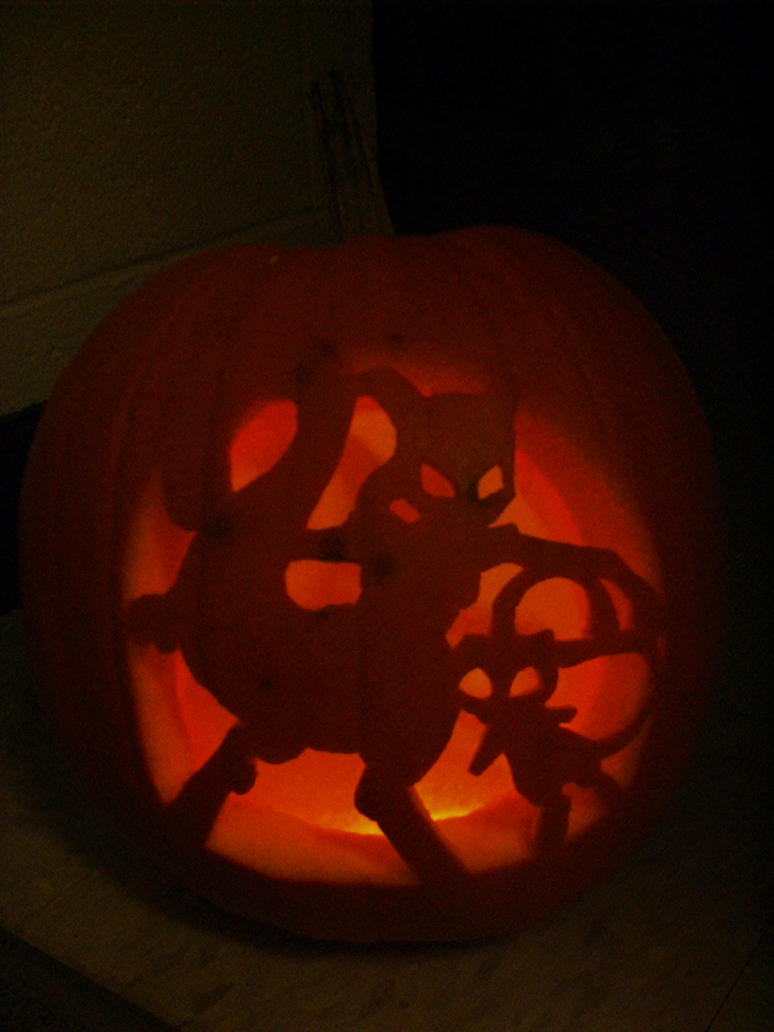 Mew and Mewtwo jack-o-lantern by mew-at-heart