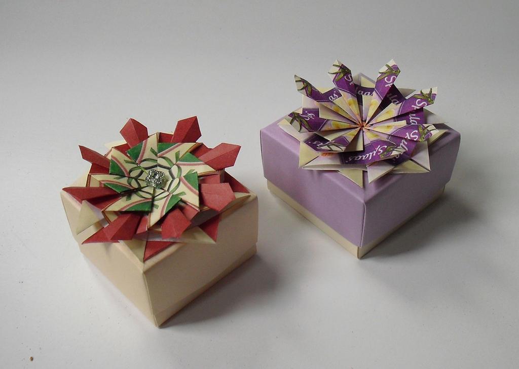 Gift boxes by schaduwlichtje