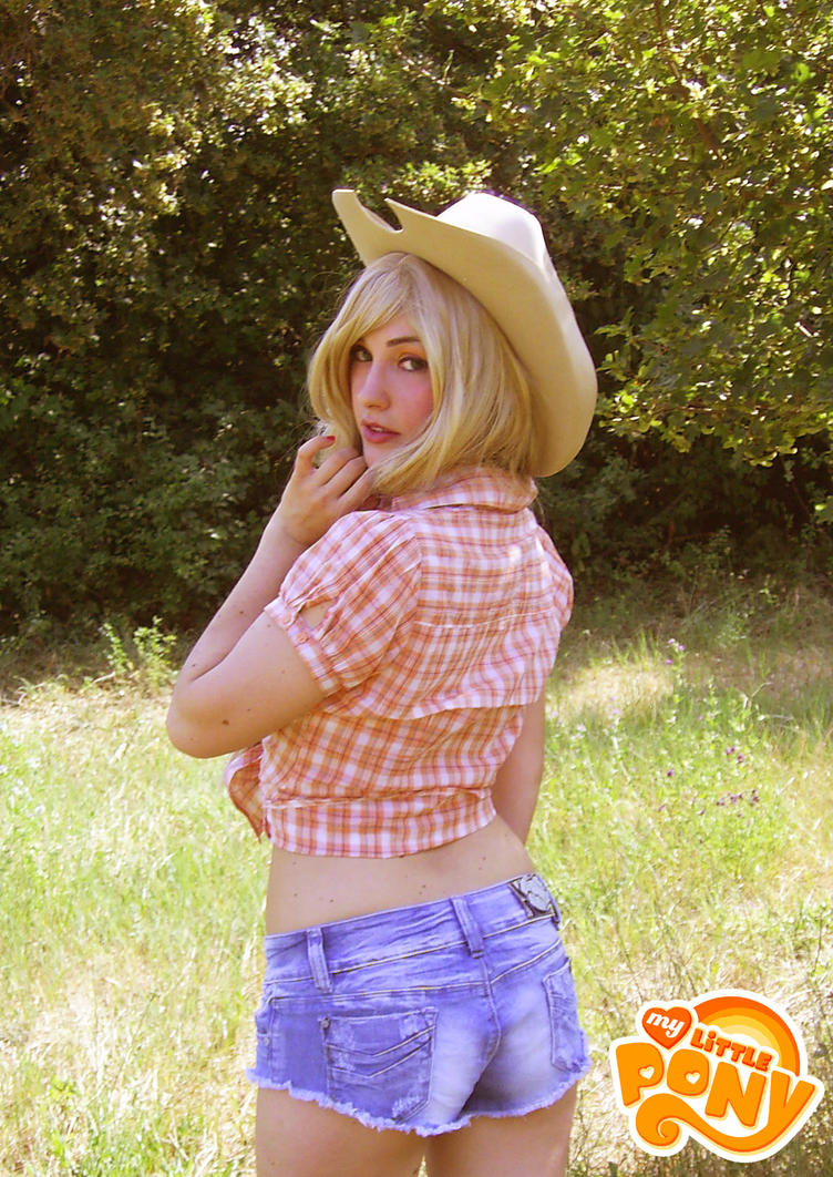 Applejack - My Little Pony by ElyNeko