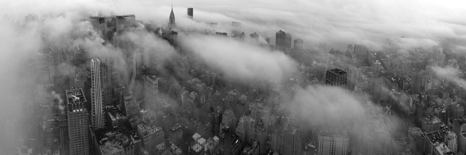 Manhattan by Vonjuntz