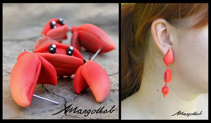 Funny Crab earrings by margotkab