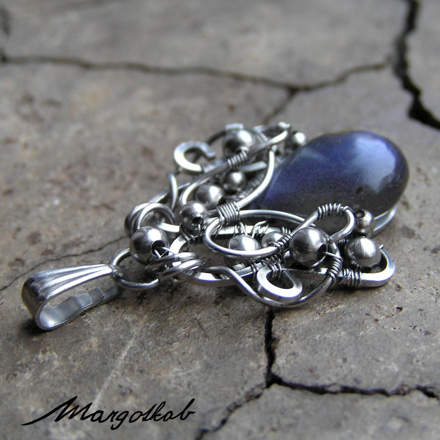 Chevron wire wrapped steel pendant with labradorit by margotkab
