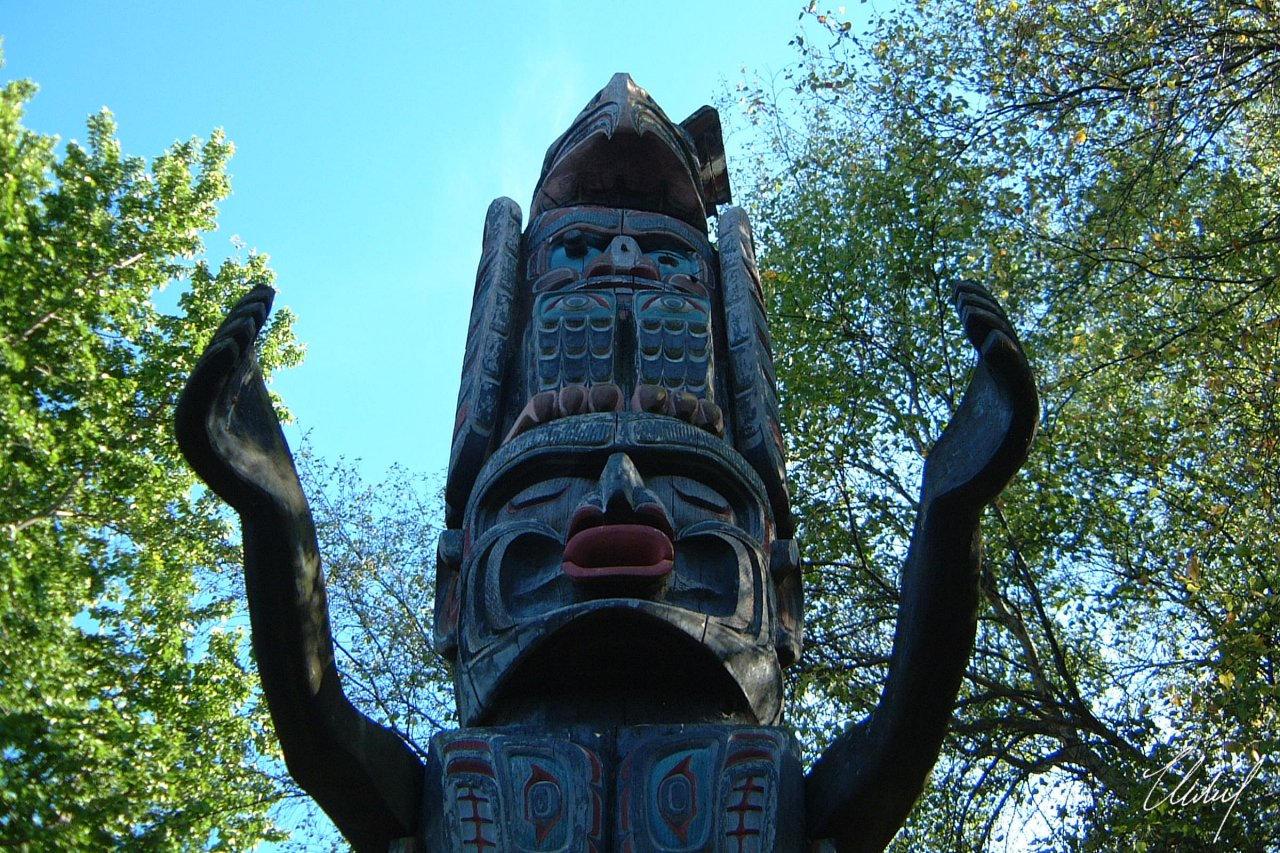 Kwakiutl Totem Poles Kwakiutl Totem Pole by