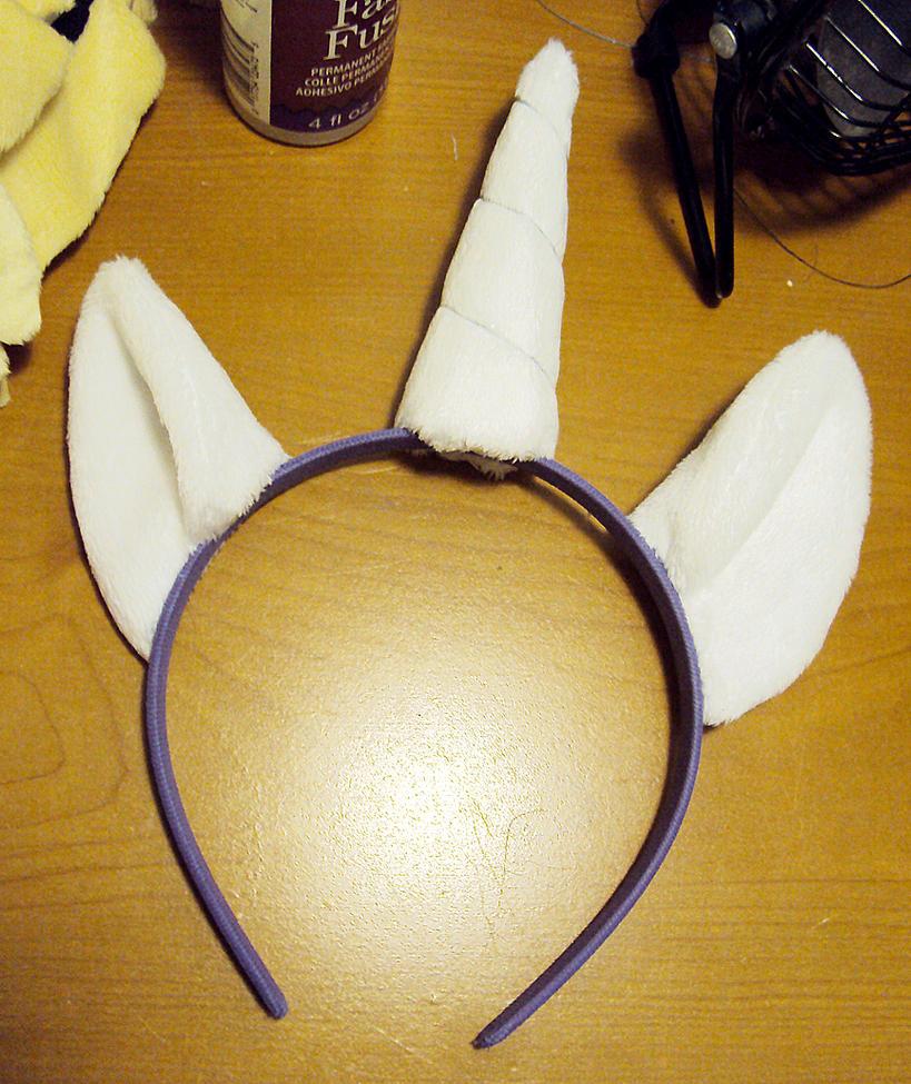 Fluffy Pony Ears by ButtercupBabyPPG