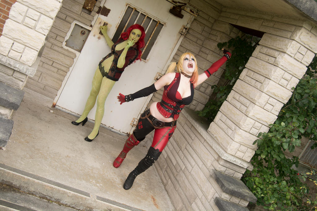 Escaping Arkham : Arkham City : Harley and Ivy by Lossien