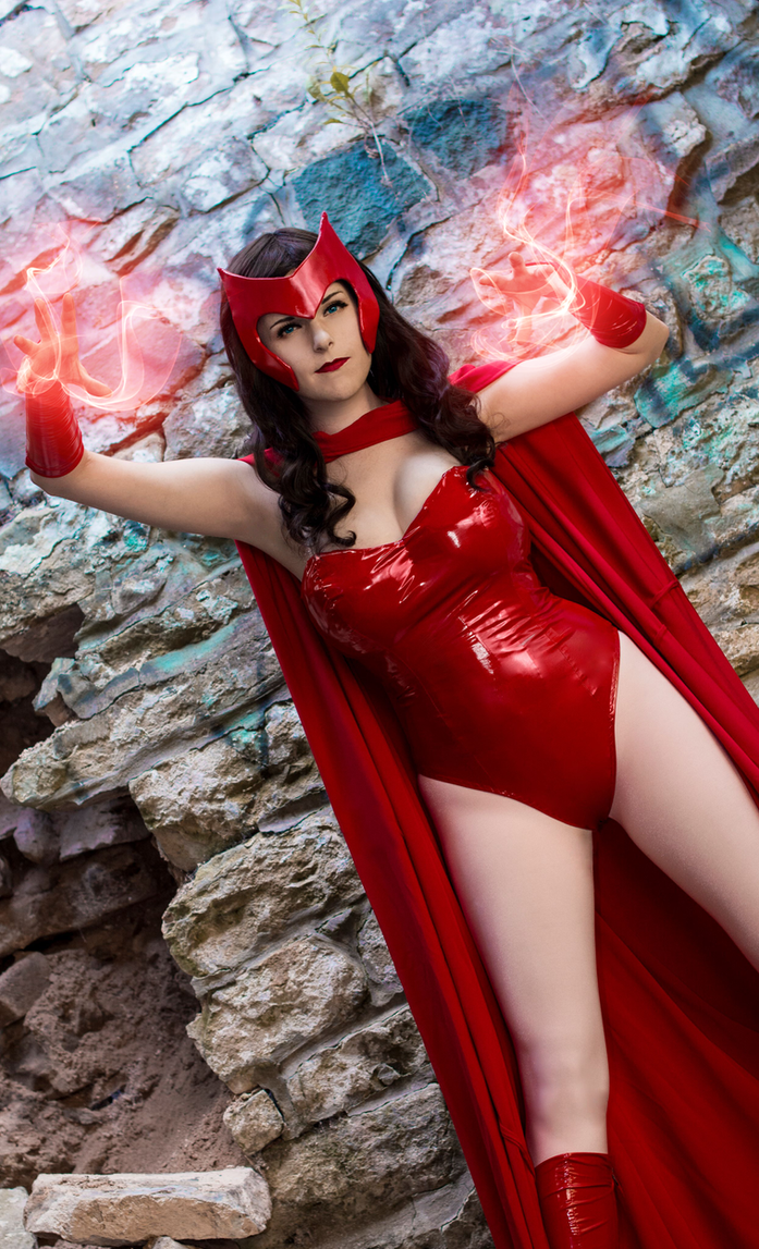 Witchy Business : Scarlet Witch : Marvel by Lossien