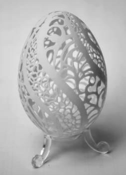 carved goose eggshell 17042013