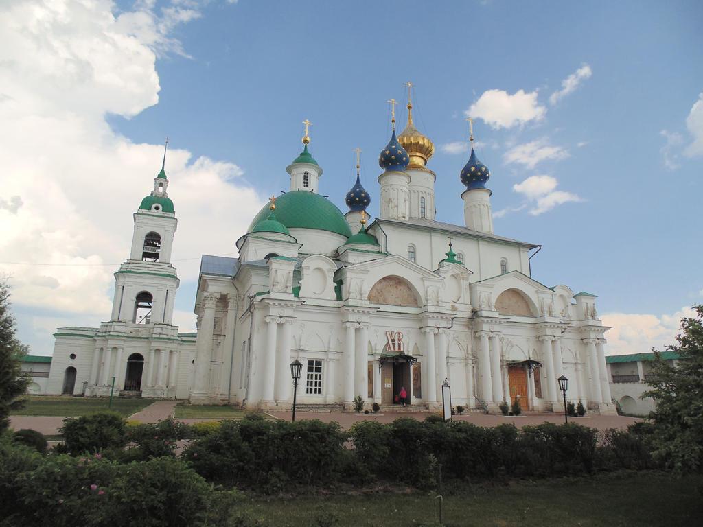 St. Iakovlesky - Dmitriev Monastery by ArtCuz