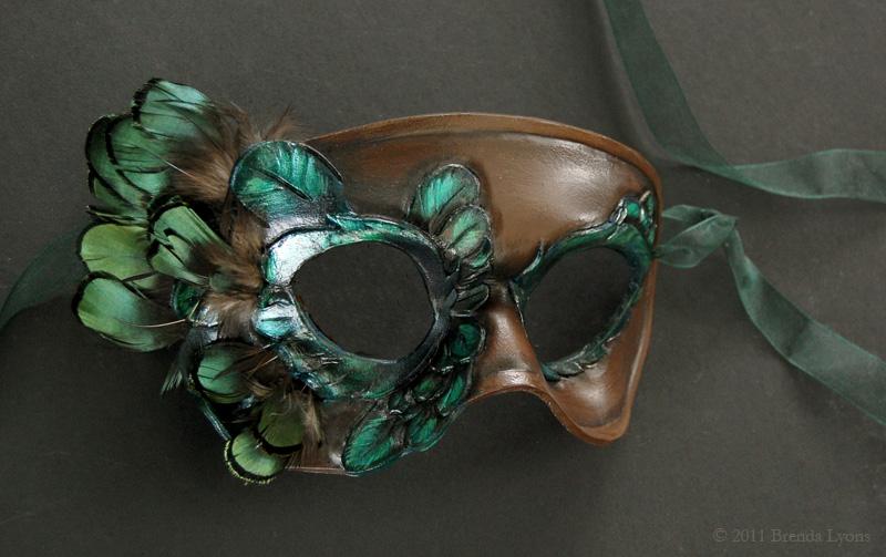 Elegant Bird Leather Mask by windfalcon