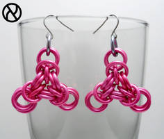 Pink Triangle Chainmaille Earrings by Zeroignite